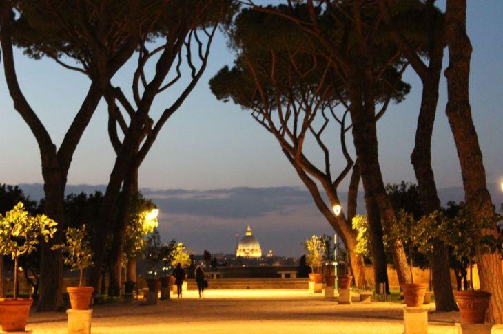 Roma da scoprire: L'AVENTINO. Passeggiata serale nei luoghi del ...
