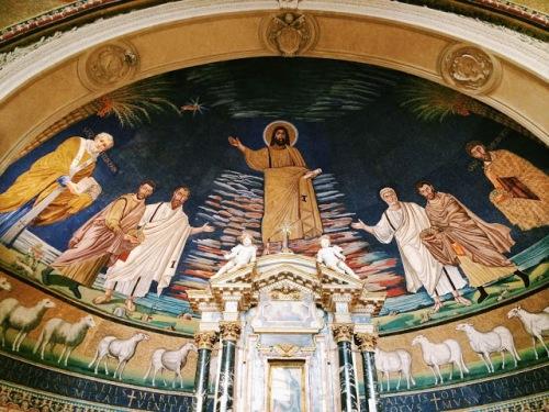 basilica-dei-santi-cosma-e-damiano-4min