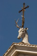 sant-eustachio-and-deer-by-Andrew-Schneider